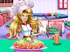 Princess Cooking Chicken Pasta